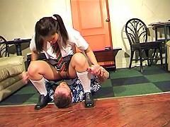 Asian schoolgirl chokes out her boss