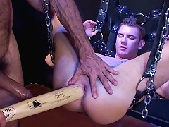 In this hardcore one-on-one, super bottom Drew Peters ass takes a licking and keeps on ticking. Top Lito Cruz slams i