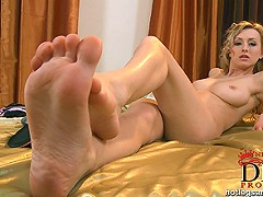 We introduce to you Coxy, a newcomer whose long legs and shapely feet are delightfully outfitted in pantyhose an