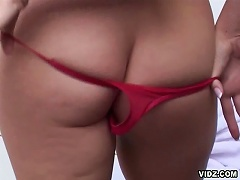 Take a closer look with blonde whores Daphne Rosen taut, pink asshol