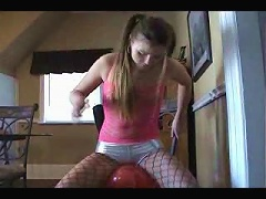 Chick humping the hell out of a balloon trying to make herself cum