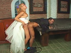 Salacious shemale bride longing for hot anal just after wedding ceremony