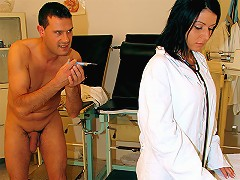 A man calls in to a female doctor complaining about pain in his knee. After she has checked him over he injects her wit